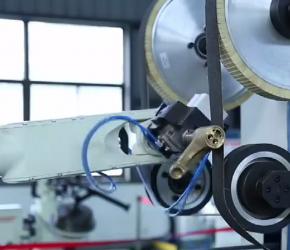 自动化打磨机器人生产线