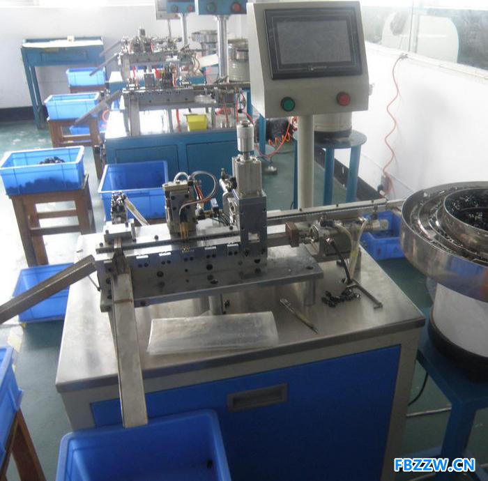 厂家直营定制非标全自动攻丝机转盘式多轴全数控钻孔攻牙机多工位联合传动