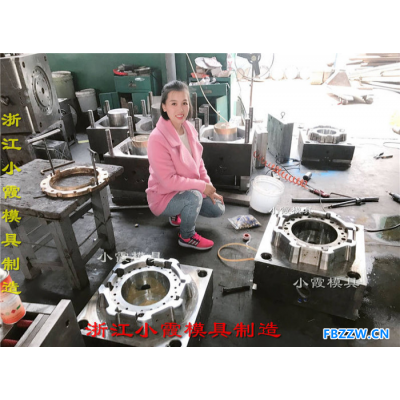 PE塑胶桶模具设计生产
