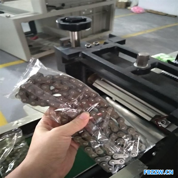 **五金合页包装机 铰链自动包装封口机械 非标自动化包装机 五金配件包装机