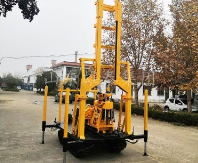 履带式地质勘探钻机 地表全液压岩芯钻探机 地勘钻采设备